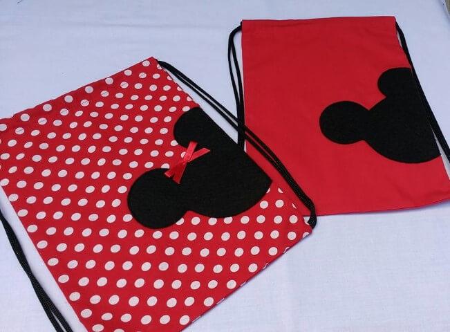 Lembrancinhas do Mickey e da Minnie como sacolinhas Foto de Elo7