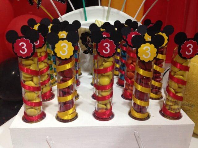 Lembrancinhas do Mickey em tubetes Foto de Elo7