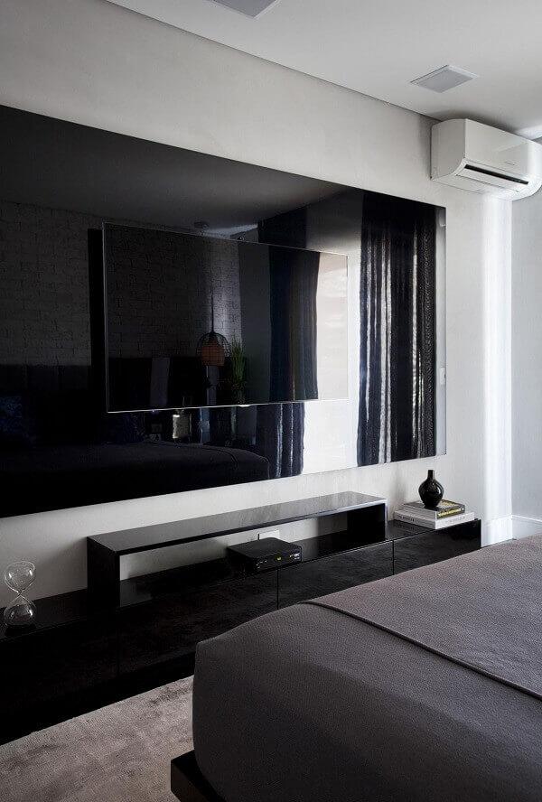 Painel para quarto de casal grande na cor preta