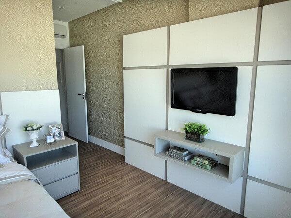 Painel para quarto de madeira branco