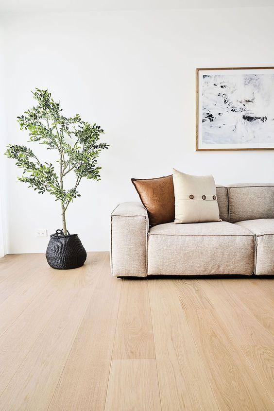 Piso laminado de madeira para casa moderna
