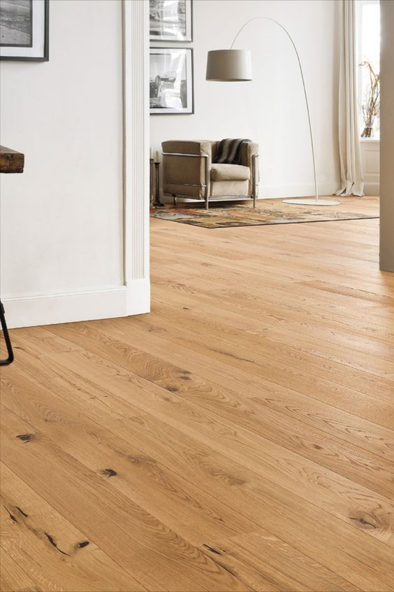 Piso laminado de madeira para sala de estar