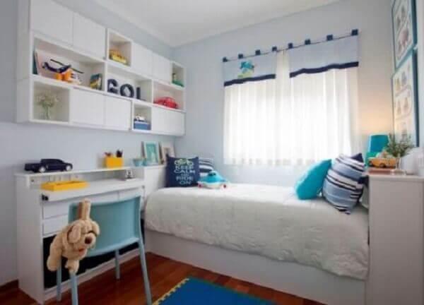 Quarto de criança com armário planejado