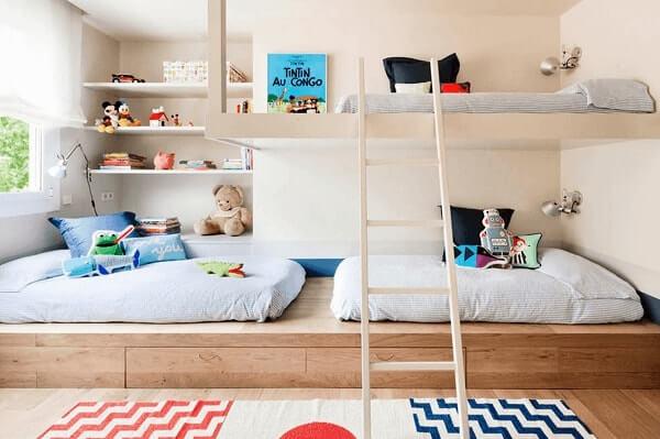 Quarto de criança com escada