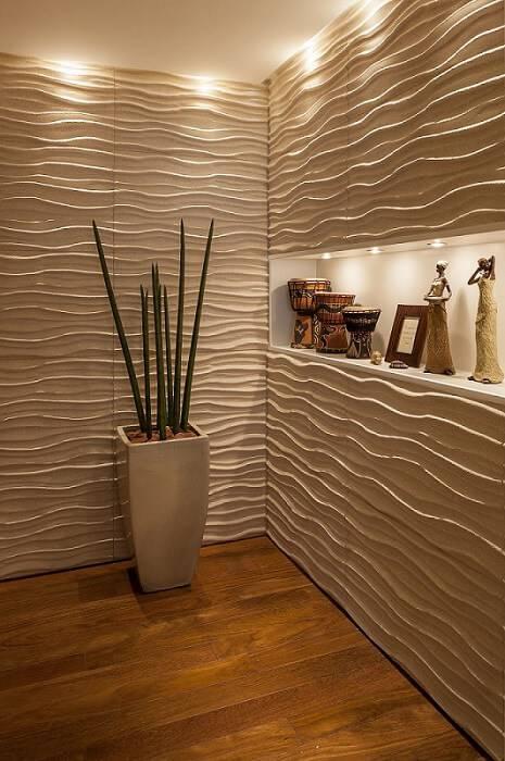 Sala com gesso 3D com ondulações rústicas Projeto de Mariana Luccisano