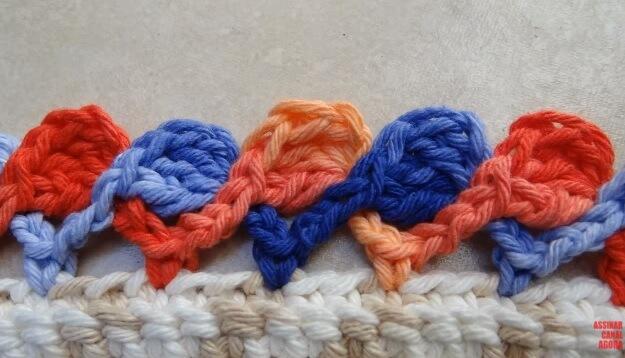 Tapete com bico de crochê colorido Foto de Big Tudo Artesanato