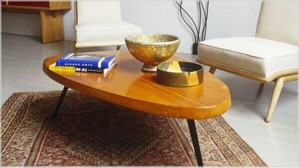 Tapete persa decora canto de leitura