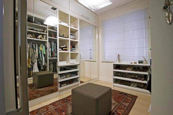 Tapete persa decora closet
