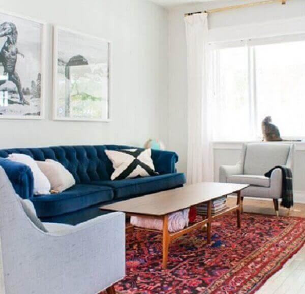 Tapete persa em decoração azul