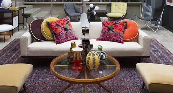Tapete persa em decoração colorida