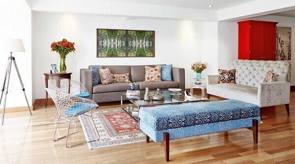 Tapete persa em sala estilosa