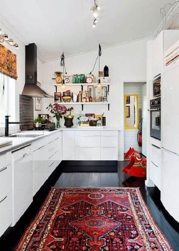 Tapete persa na cozinha