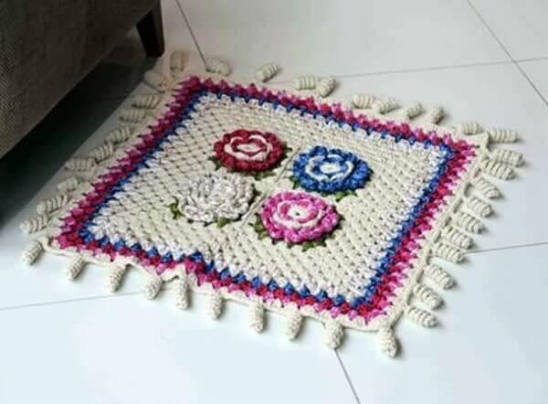 Tapetes de barbante com flores