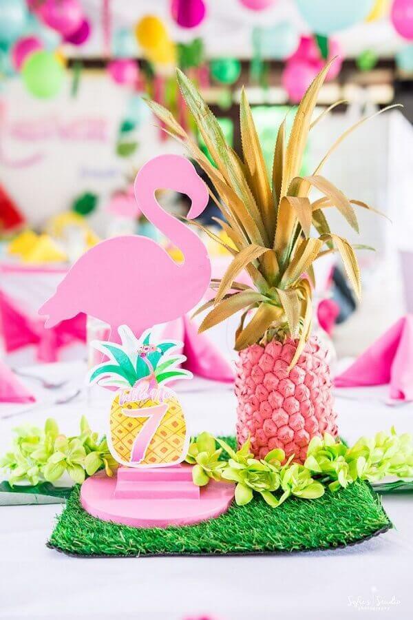 abacaxi cor de rosa para festa flamingo tropical Foto Pinterest