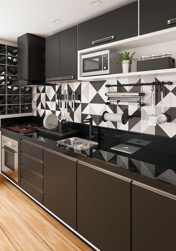 armário de cozinha - cozinha preta com detalhes brancos