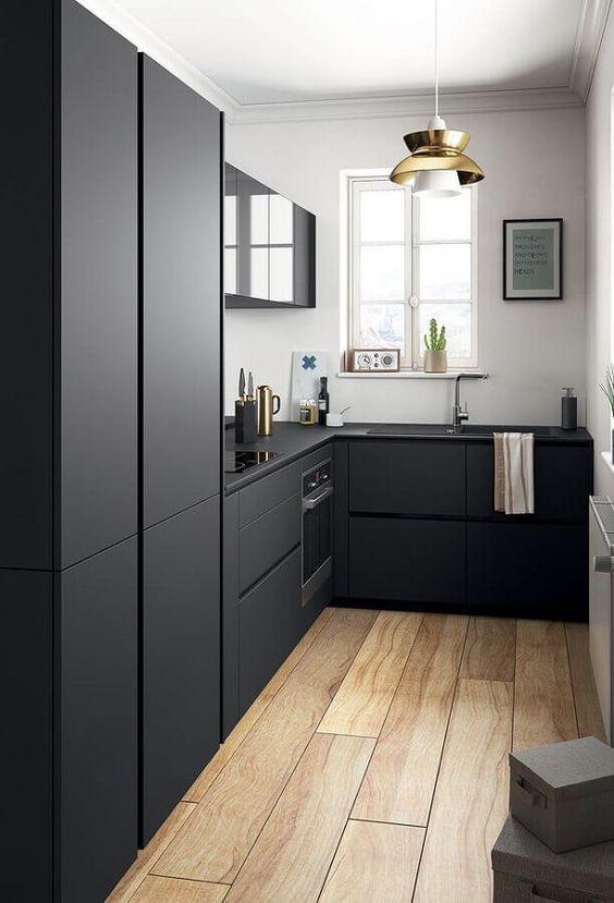 armário de cozinha - cozinha simples com móveis pretos