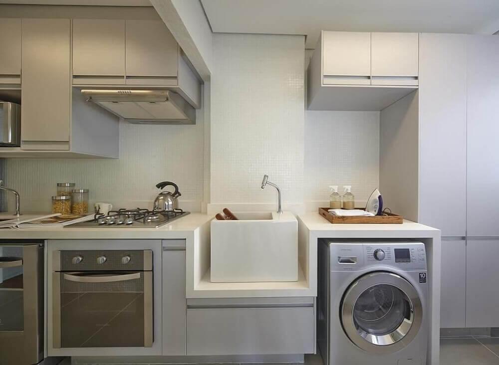 armário para área de serviço integrada com cozinha planejada Foto Ornare