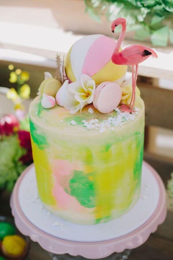 bolo tropical colorido com flamingo no topo Foto Pinterest