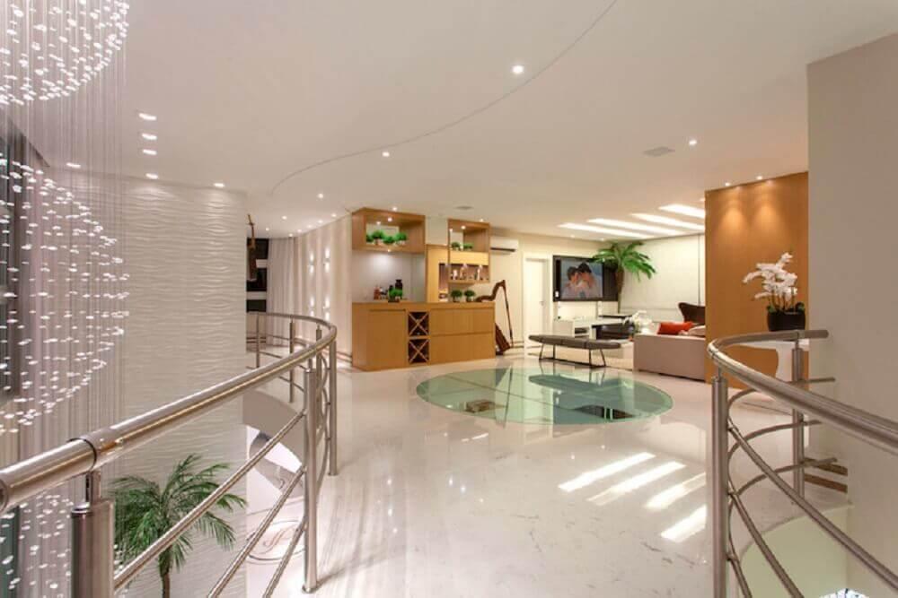 casa sofisticada com guarda corpo de alumínio Foto Aquiles Nicolas Kilaris