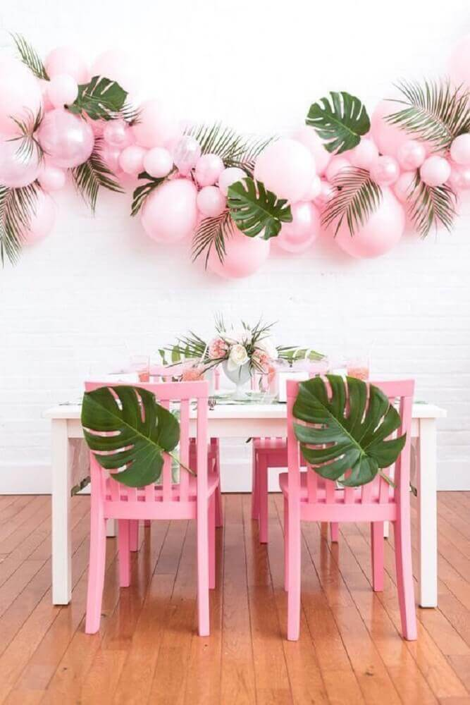 decoration with pink bladders and foliage for wedding party Foto Cut & Paste