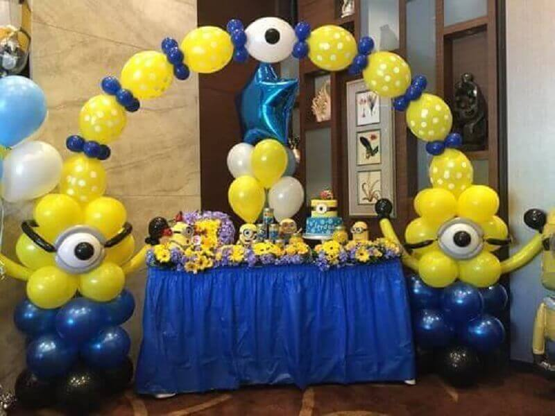 children's party decoration with balloons and minions theme Photo Celebrations Cake Decorating