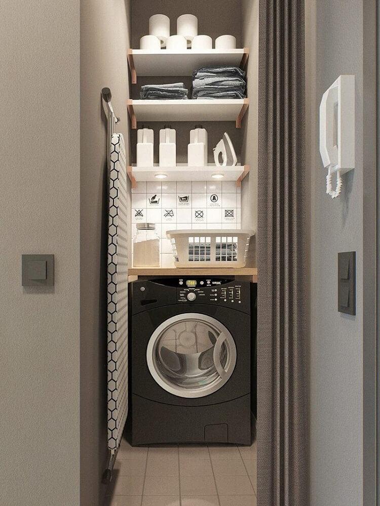decoração para lavanderia pequena com prateleiras Foto Designxzo