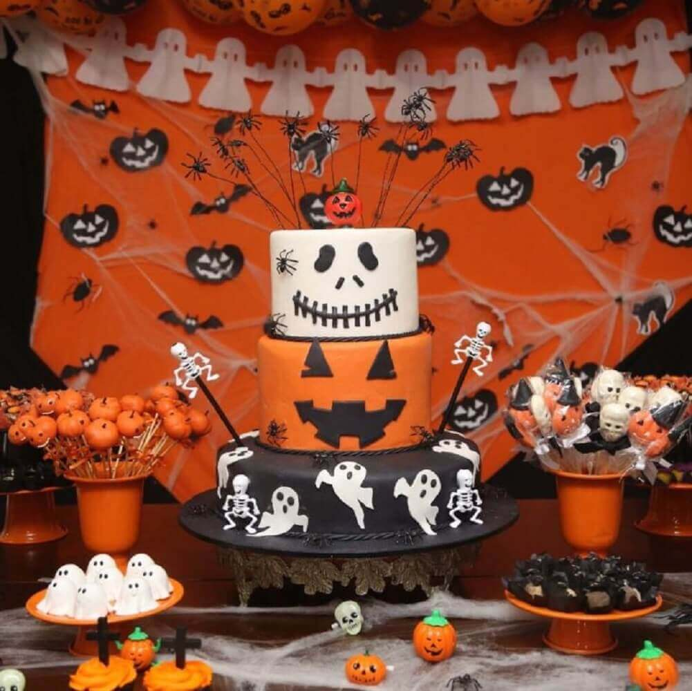 decoration for halloween party table Photo Francisca Frederico