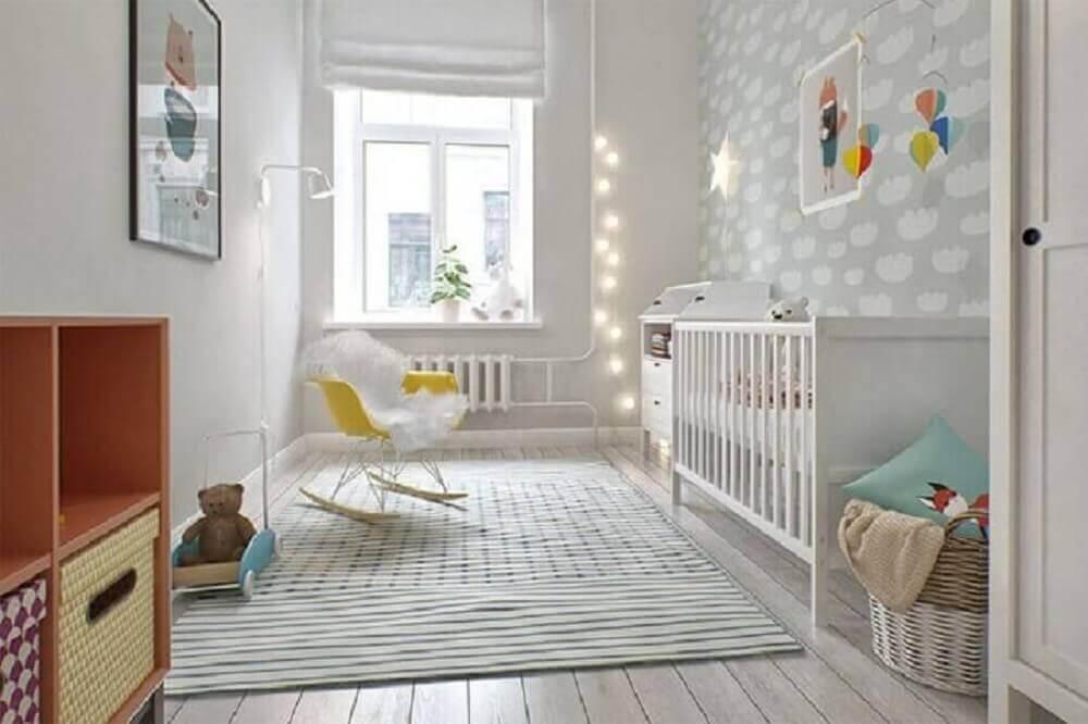 decoração quarto de bebê neutro com cadeira de amamentação moderna Foto Pinterest