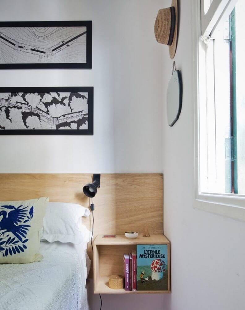 decoração simples com criado mudo suspenso de madeira Foto Home Decoo