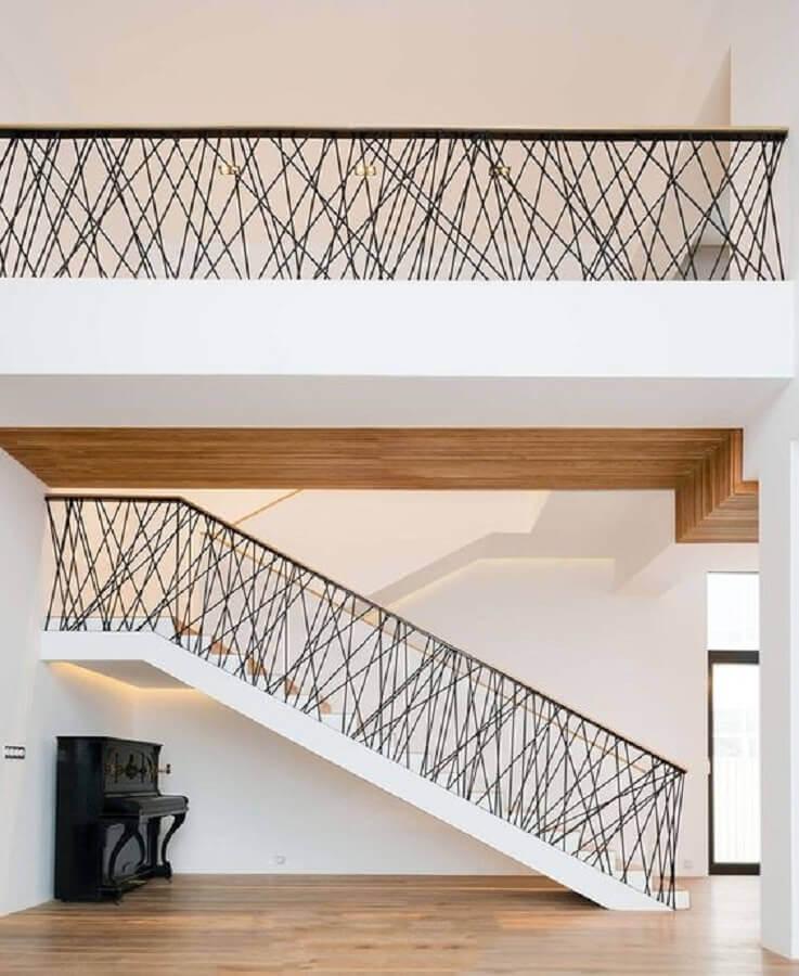 escada com guarda corpo moderno  Foto Pinterest