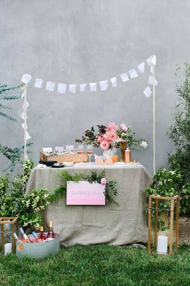 ideia de decoração simples para casamento em casa Foto Pinterest