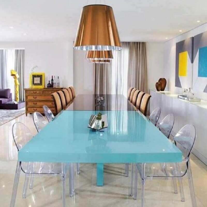 móveis laqueados para decoração moderna com cadeiras transparentes Foto Excelência Móveis
