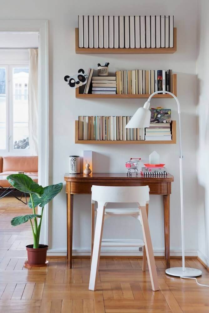 modelo diferente de cadeira moderna para home office pequeno Foto Hello Design Magazine