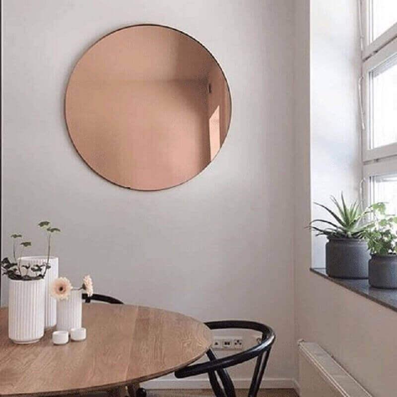 modelo redondo de espelho bronze para sala de jantar Foto Loft29