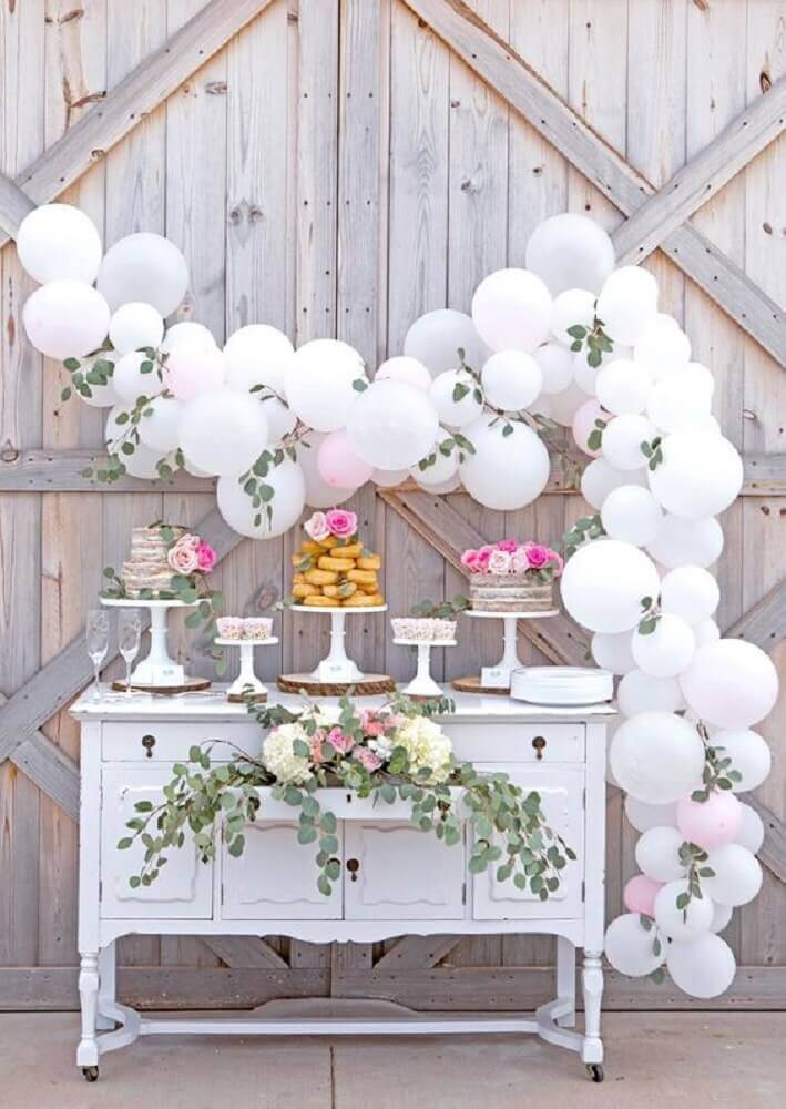 balloon and foliage panel for rustic wedding decoration Photo Party Zealot