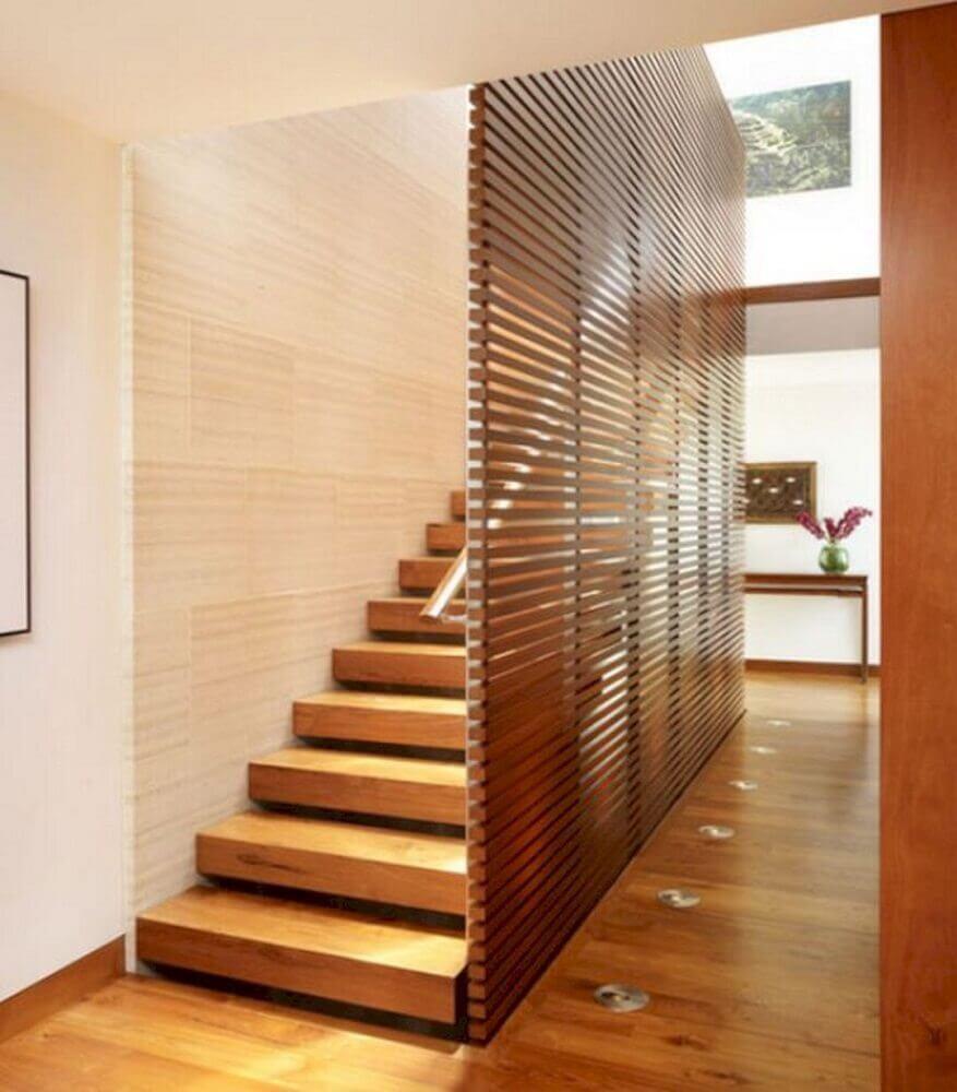placa com vigas de madeira para guarda corpo de escada Foto 24 SPACES