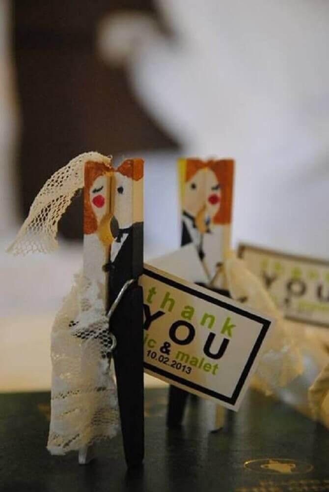 prendedor de madeira para lembrancinhas de casamento para fazer em casa Foto Pinterest