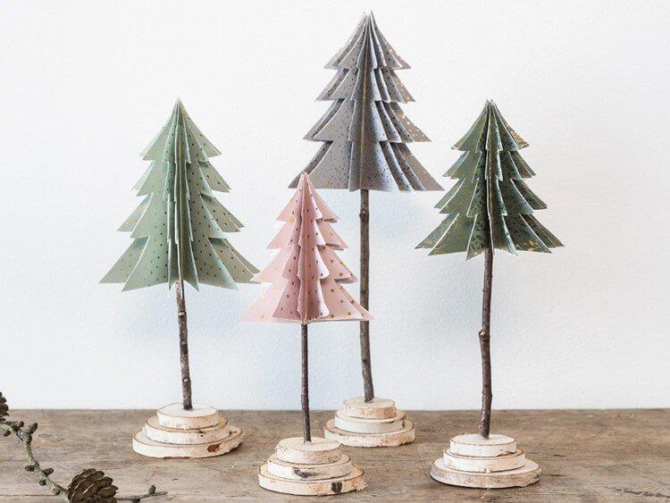 Árvore de natal artesanal de papel Foto de Søstrene Grene