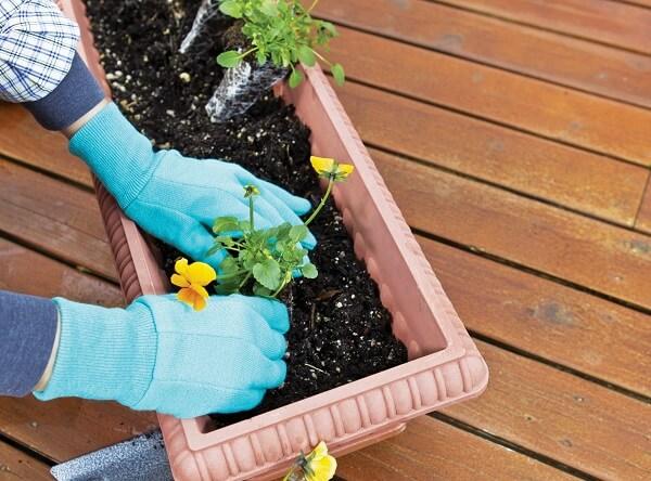 As jardineiras e floreias deixam a jardinagem ainda mais bela