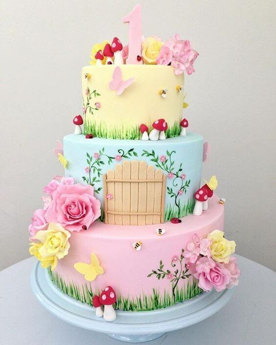 Bolo jardim encantado em cores pastel Foto de Entre na Festa