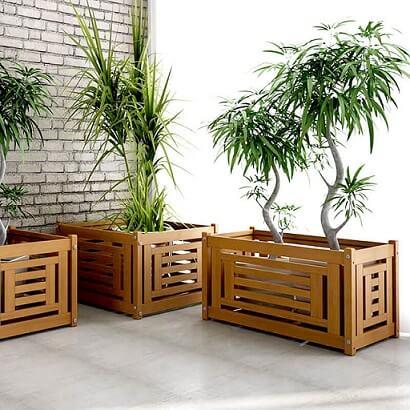 Cachepot de madeira com recortes Foto de HF Urbanismo