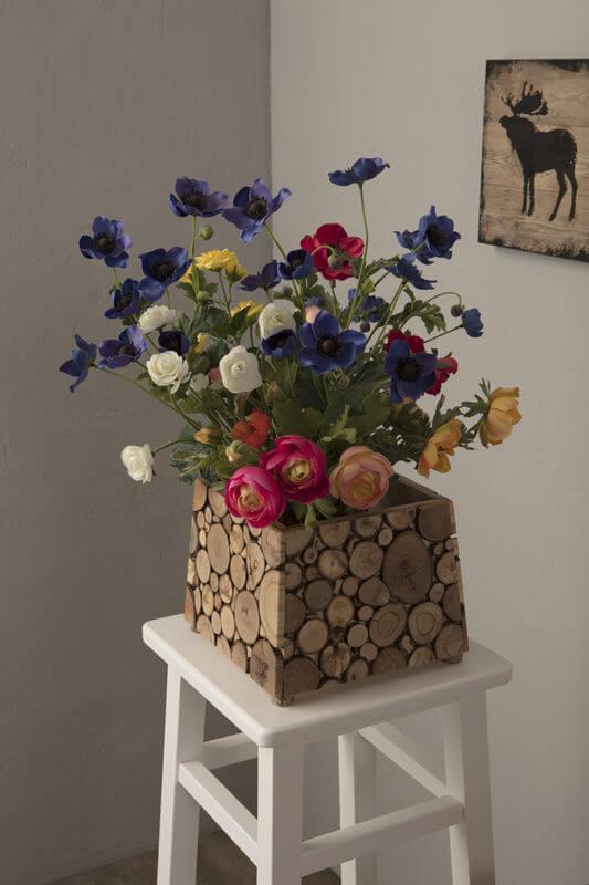 Cachepot feito com tocos de madeira Foto de Archi Expo