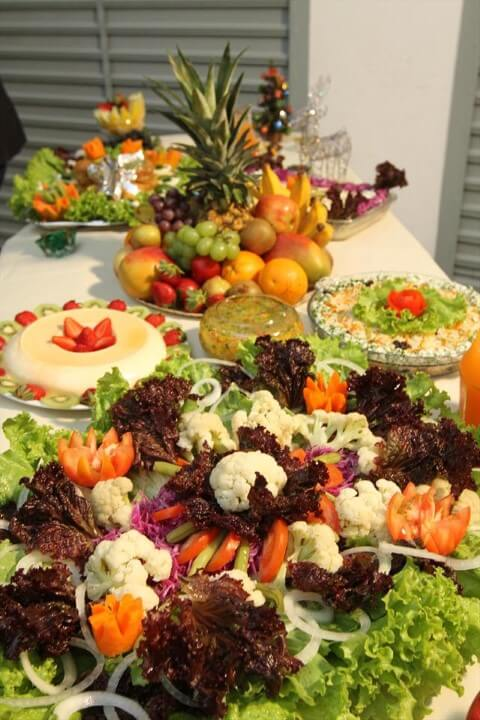 Christmas supper with salads and fruits Photo of Natural Health and Beauty