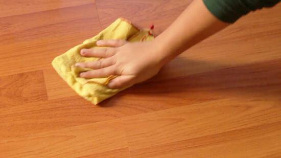 Como limpar piso laminado e de madeira Foto de Pinterest