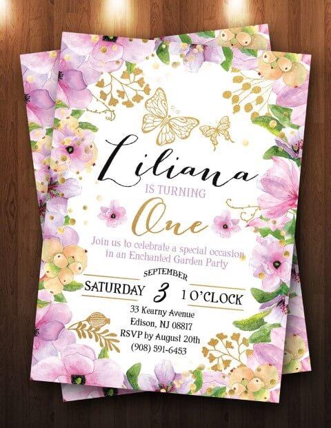 Convite jardim encantado com borda florida roxa com dourada Foto de The Purple Monkey Shop