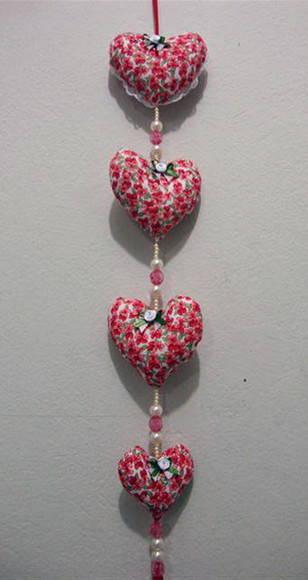 Cortina de coração com estampa florida Foto de Fuxico em Flor