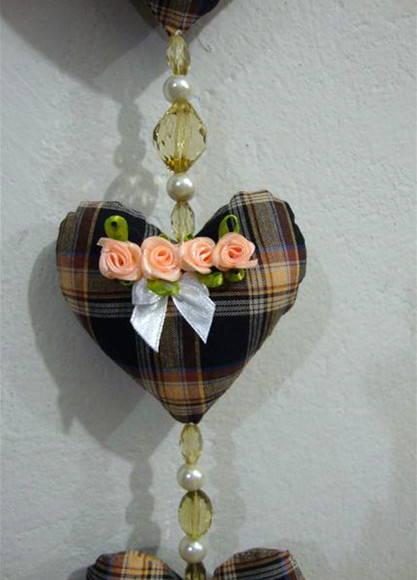 Cortina de coração com estampa xadrez escura Foto de Fuxico em Flor
