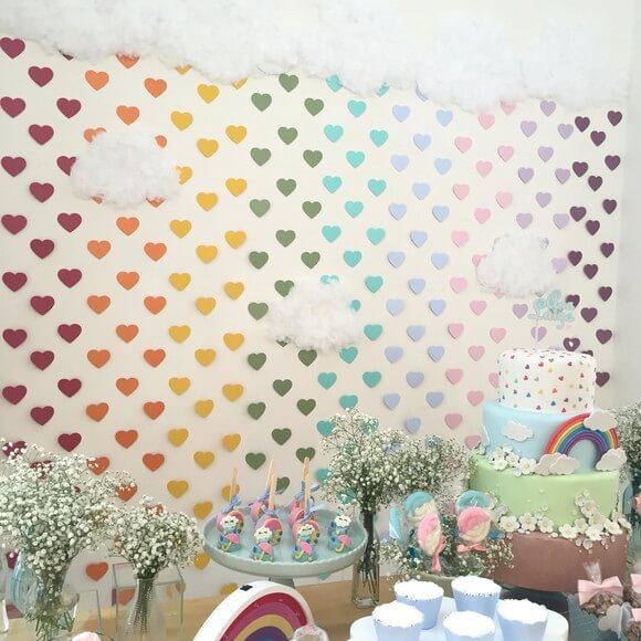 Cortina de coração nas cores do arco-íris Foto de Scrapchique
