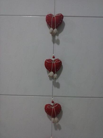 Cortina de coração vermelho com laço Foto de Atelier Mimos e Caprichos