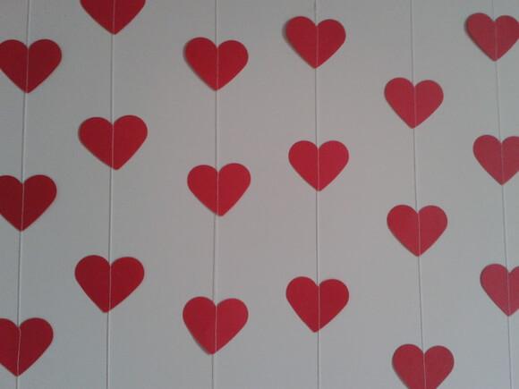 Cortina de coração vermelho de papel Foto de Ateliê Rocha